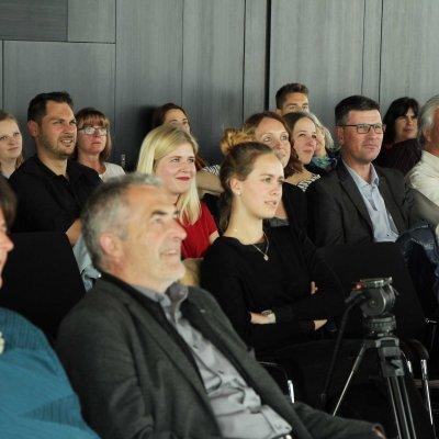 Schon während der Vorträge gab es viele Fragen aus dem Publikum.