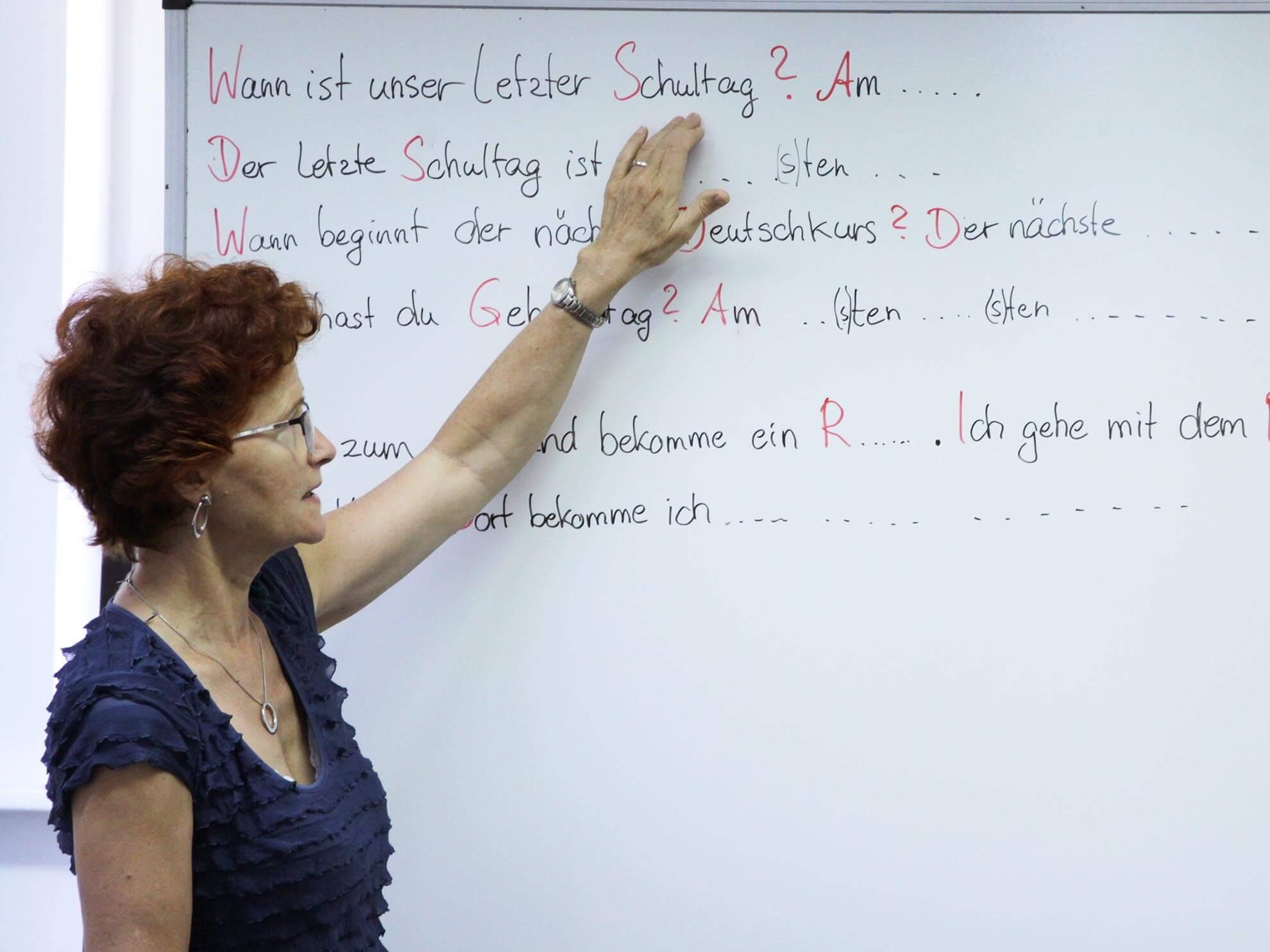 Mit viel Erfahrung und Herz bei der Sache: Die Lehrerin Christiane Schneider.