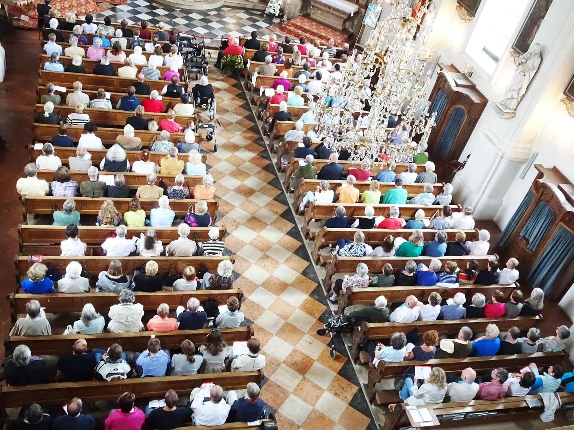Alle Sitzplätze beim Konzert in Prien waren besetzt.