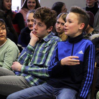 Die jungen Zuschauer waren bei der Premiere von